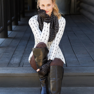 When it's freezing out, the struggle to look stylish while staying warm can pose a serious challenge. Here's how to stay warm & stylish in the cold.