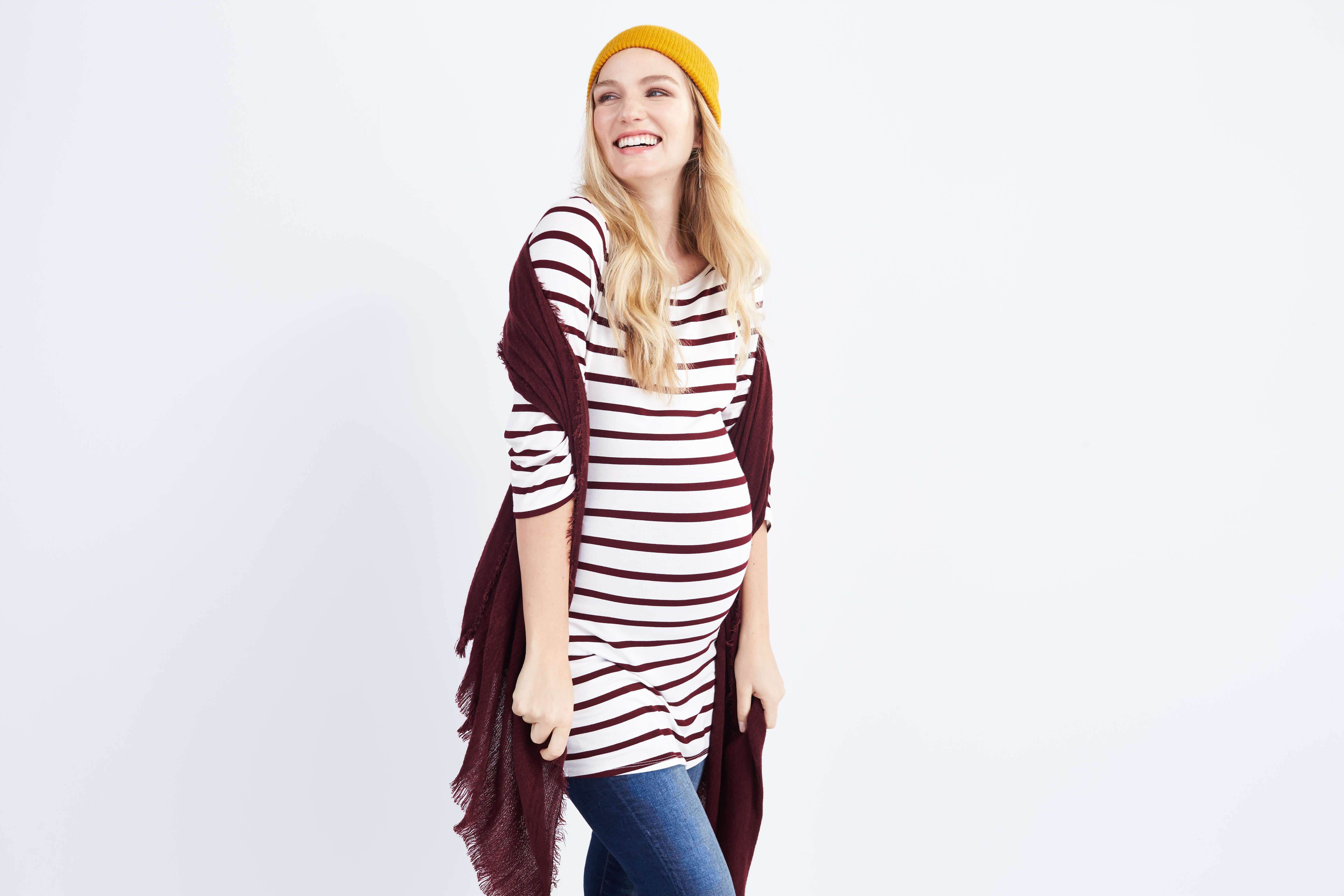 e126c6f6af74 10 Maternity Style Tips To Maximize Your Wardrobe