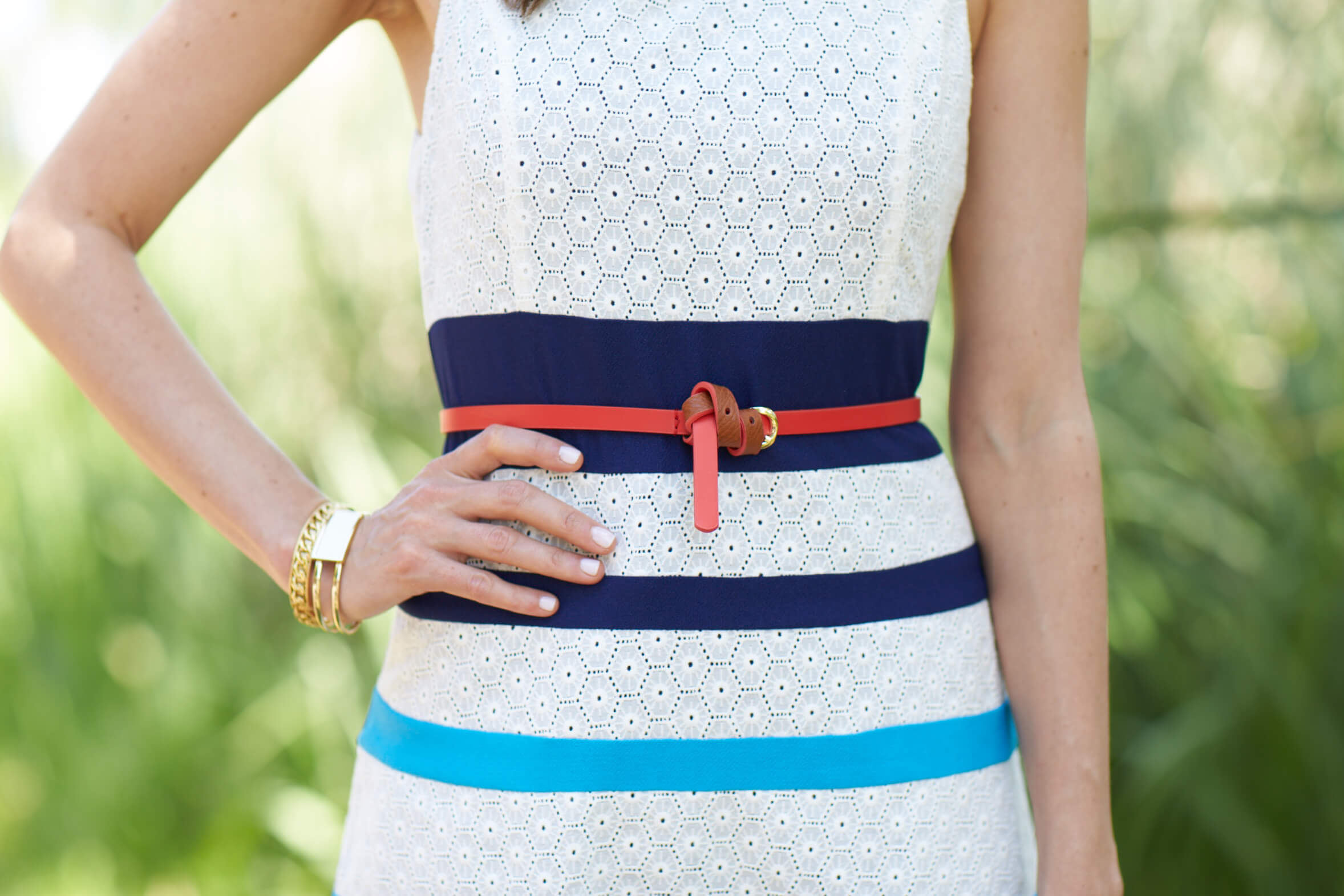 How to Belt a Shirtdress