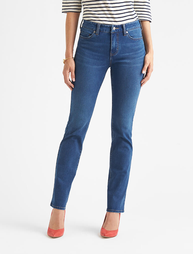 Difference between skinny and straight leg jeans