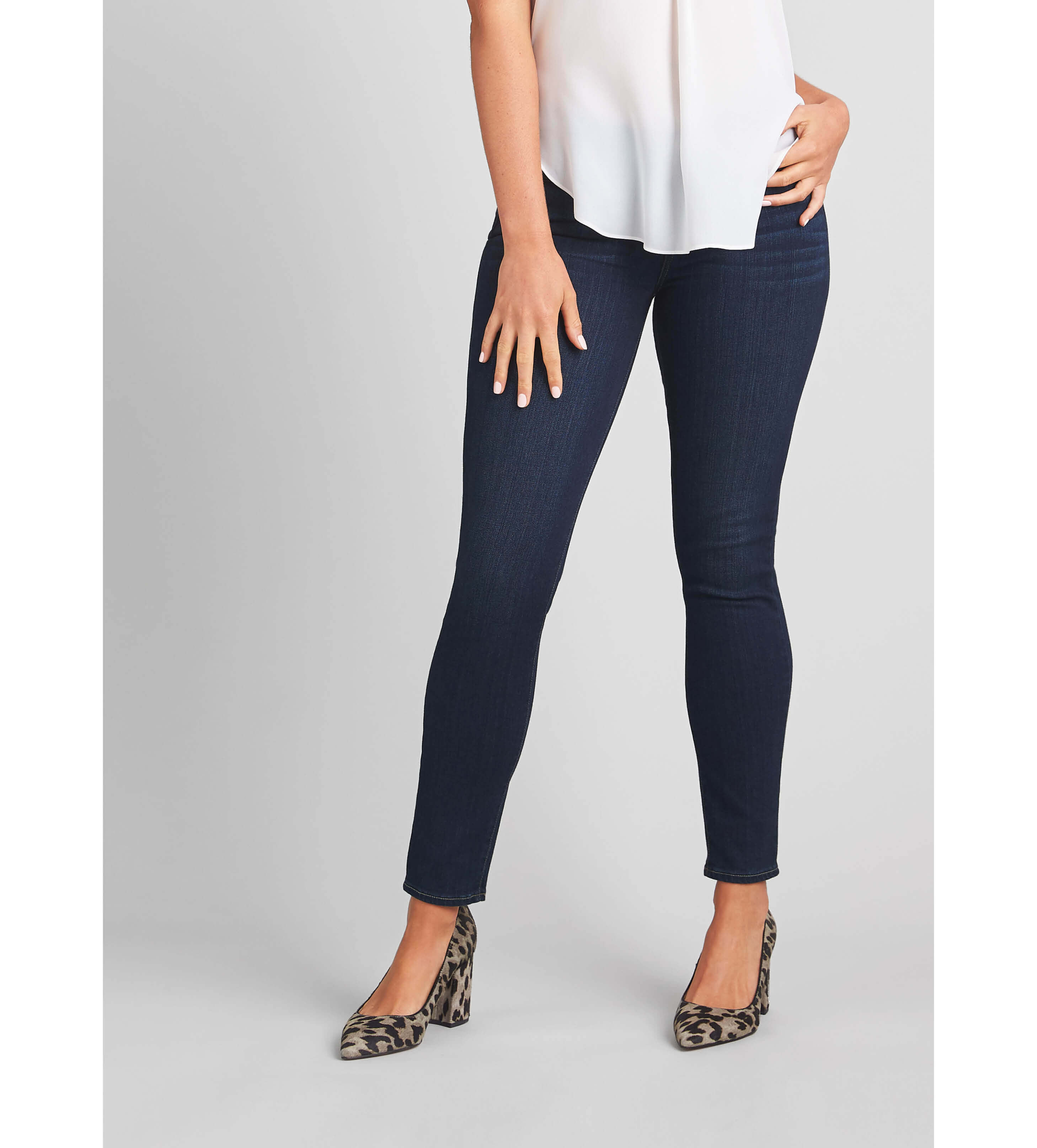 shop for luxury cheapest sale discount collection How to Find Jeans for an Apple Shape | Stitch Fix Style